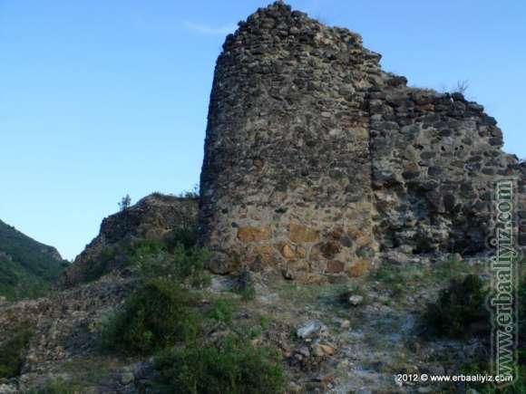 Erbaa Kale Köyü Kalesi Resimleri
